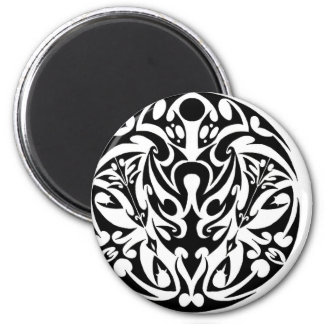 diseño tribal del tatuaje del círculo imán