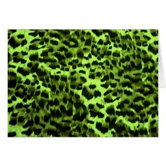 Diseño verde del modelo del estampado de animales tarjetón