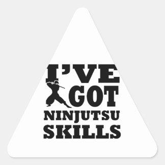 Diseños de los artes marciales de Ninjutsu Pegatina Triangular