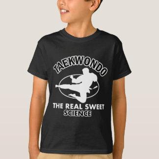 Diseños de los artes marciales del Taekwondo Camiseta