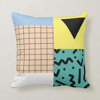 Diseños de Michalis Charnette Cojín Decorativo