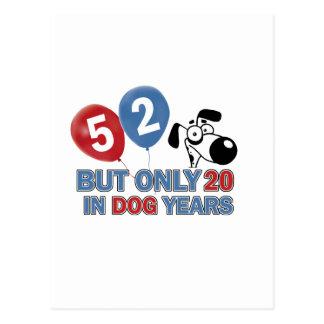 diseños del cumpleaños de 52 años postal