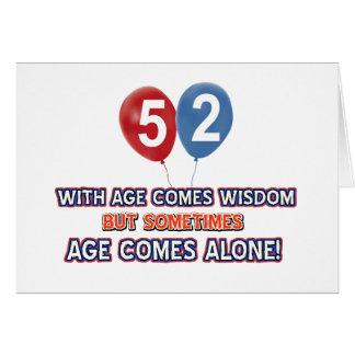 diseños del cumpleaños de la sabiduría de 52 años tarjeta