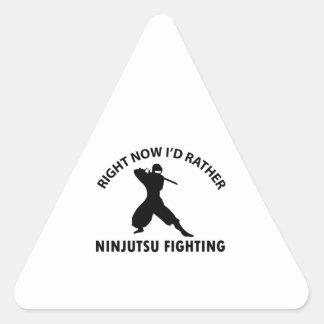 diseños frescos del ninjutsu pegatinas trianguladas personalizadas