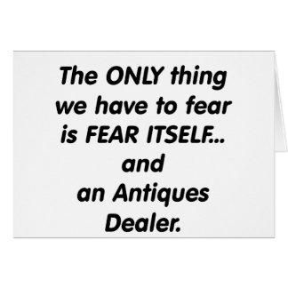 distribuidor autorizado de antigüedades del miedo tarjeta de felicitación