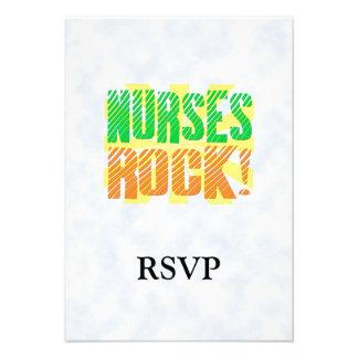 Diversión de la roca de las enfermeras anaranjada invitación