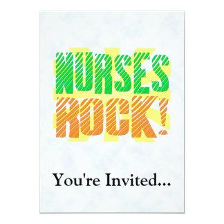 Diversión de la roca de las enfermeras, anaranjada invitación 12,7 x 17,8 cm