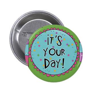 Diversión para los cumpleaños - botón del Pin de l
