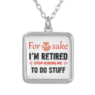 Divertido soy diseños jubilados collar plateado