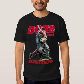 Dobe se divierte Schutzhund Camisetas