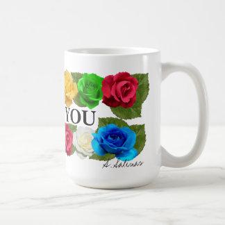 Docena amores subiós que usted asalta taza de café