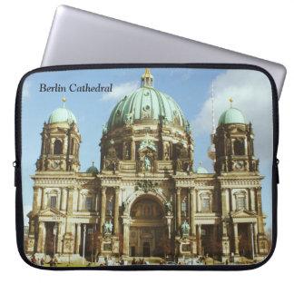 Dom evangélicos alemanes del berlinés de la funda para portátil