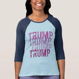 Donald Trump ROSADO para el engranaje de Camiseta