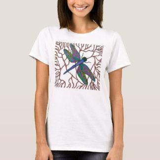 Doodle de la libélula camiseta