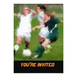 Dos contra una batalla del fútbol invitación 12,7 x 17,8 cm