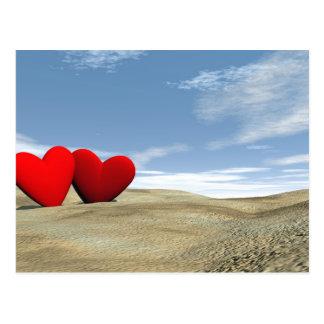 Dos corazones en la playa - 3D rinden Postal