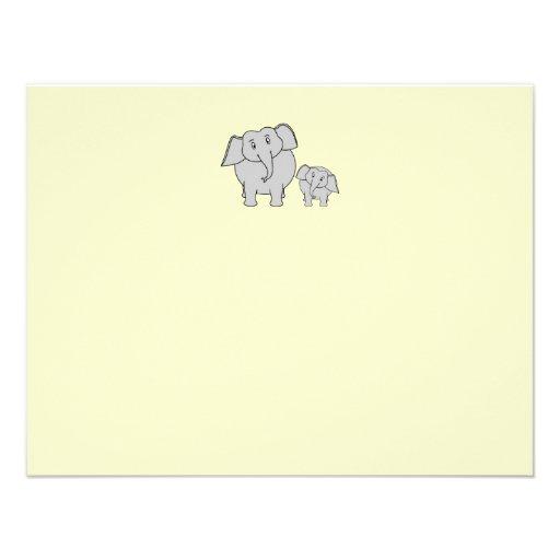 Dos elefantes. Adulto e historieta lindos del bebé Invitaciones Personales