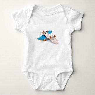 Dos monopatines body para bebé