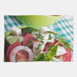 Dos porciones de primer vegetariano útil de la toalla