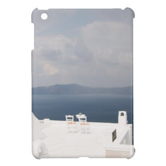 Dos sillas en la isla de Santorini