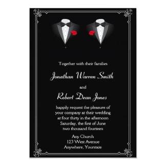 Dos smokinges con la invitación gay del boda del