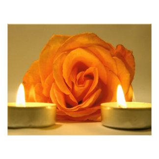 dos velas color de rosa de imagen floral amarillo- tarjetón