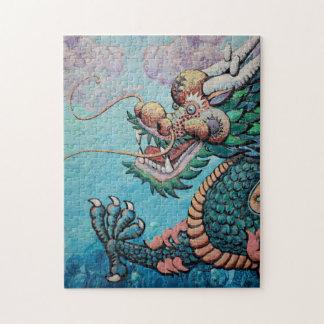 Dragón asiático verde del estilo puzzle