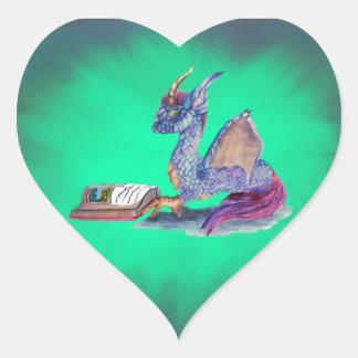 Dragón de la lectura pegatina en forma de corazón