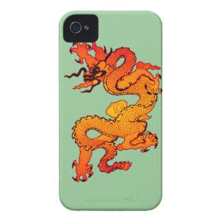 Dragón del oro y del naranja por Año Nuevo chino iPhone 4 Fundas
