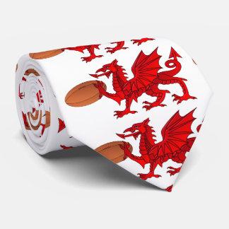 Dragón Galés con una corbata de la bola de rugbi
