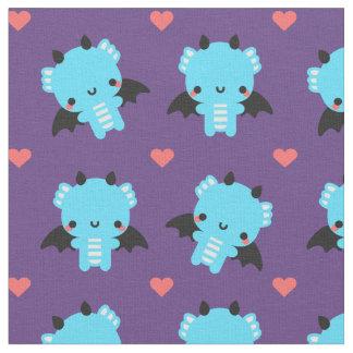 Dragón lindo del bebé azul con el fondo púrpura tela