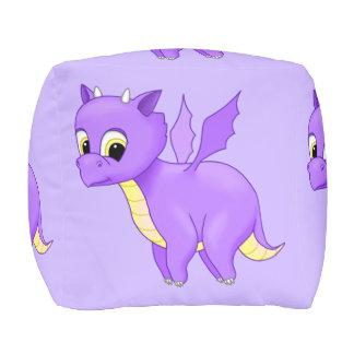 Dragón púrpura lindo del bebé del vuelo pouf