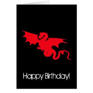 Dragón rojo en feliz cumpleaños negro tarjeta de felicitación