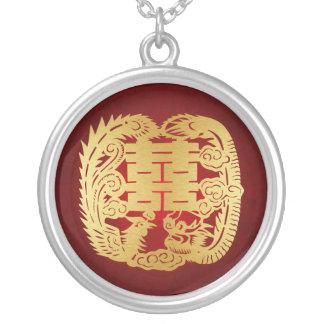 Dragón y Phoenix - símbolo doble de la felicidad Collar Plateado