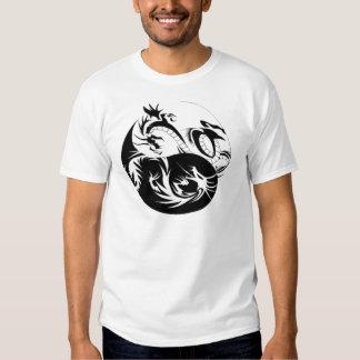 dragon_yin_yang_tribal camiseta