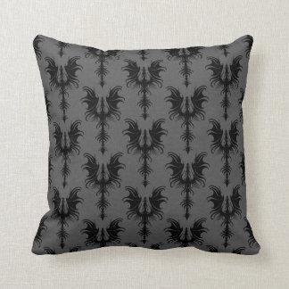 Dragones góticos negros en modelo gris cojín decorativo
