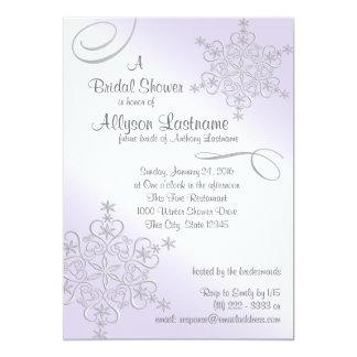 Ducha nupcial del copo de nieve violeta invitación 12,7 x 17,8 cm