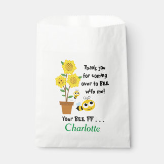 Dulce al igual que los bolsos del favor o del bolsa de papel