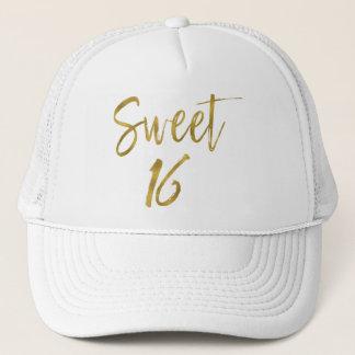 Dulce hoja de oro de 16 cumpleaños y gorra blanco
