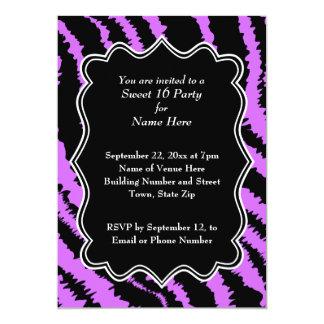 Dulce modelo negro y púrpura de 16 de la cebra invitaciones personalizada