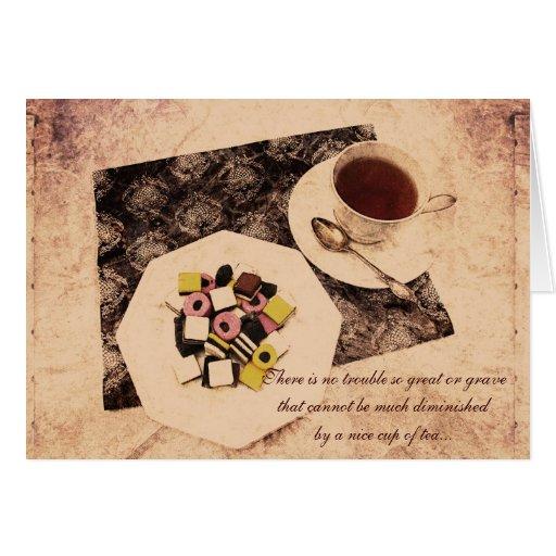 dulces coloridos del grunge y una taza de tarjeta