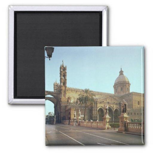 Duomo del EL, fundado por Gualterio, arzobispo de  Iman De Frigorífico