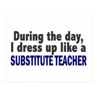 Durante el día me visto para arriba como profesor postal