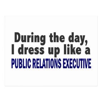 Durante las relaciones públicas del día ejecutivas postal