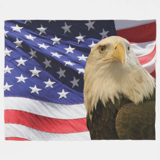 Eagle calvo americano y manta del paño grueso y manta polar
