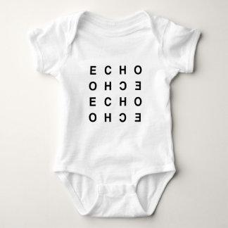 eco tipográfico limpio mínimo body para bebé
