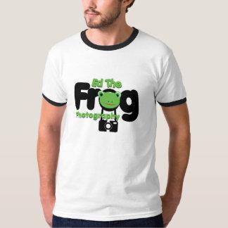 Ed la camiseta de la fotografía de la rana