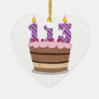 Edad 113 en la torta de cumpleaños ornamentos de reyes