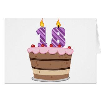 Edad 18 en la torta de cumpleaños tarjeta de felicitación