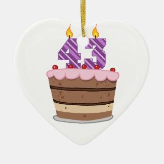 Edad 43 en la torta de cumpleaños ornatos